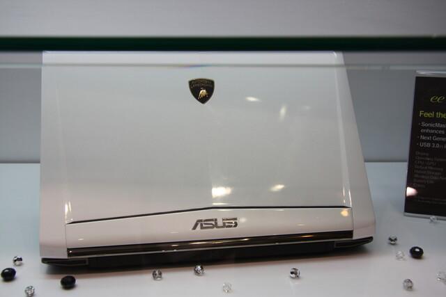 Asus Lamborghini auf der Computex 2010