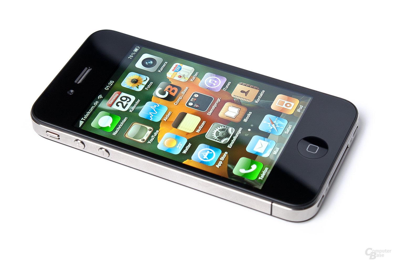 iPhone 4 schräg seitlich
