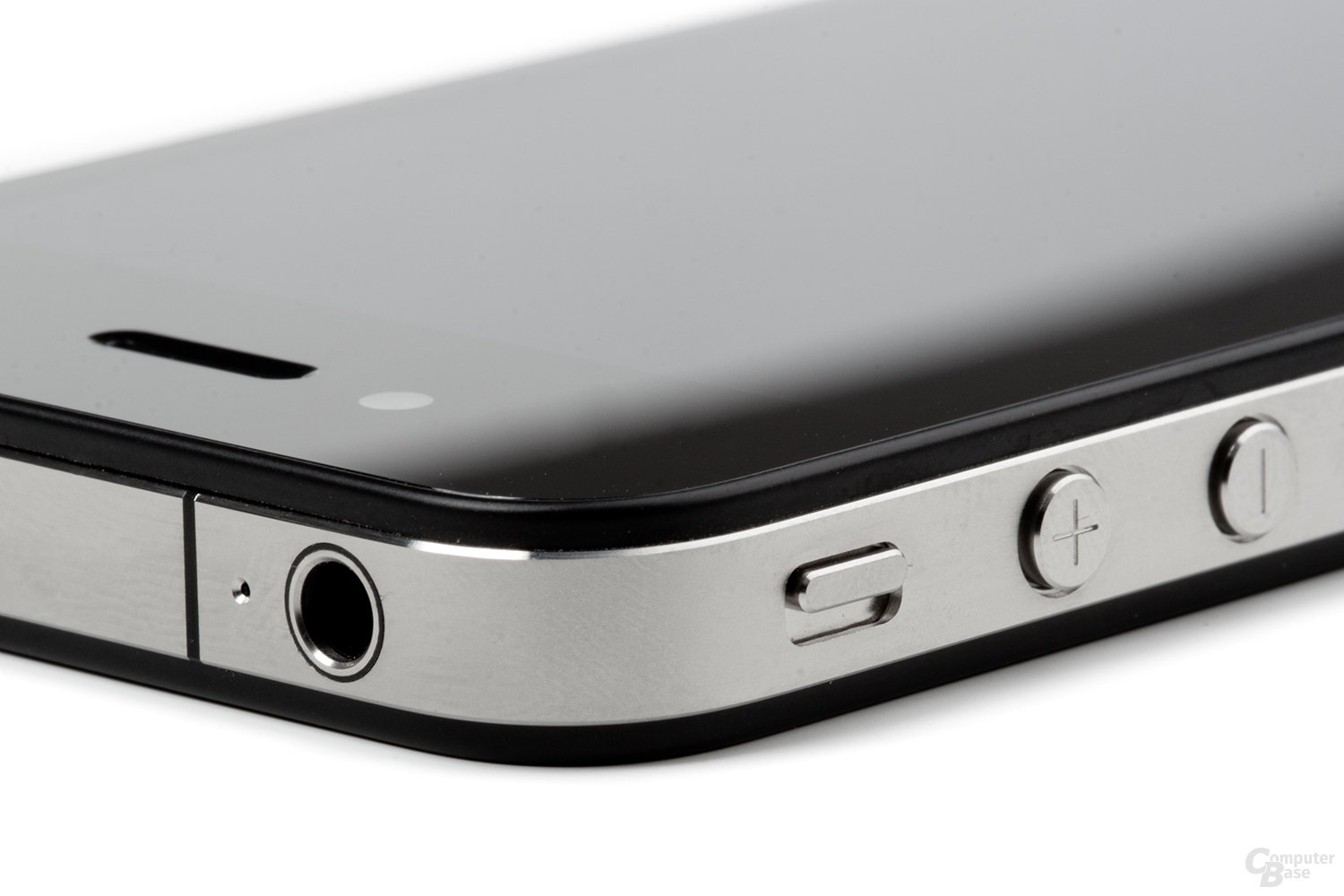 iPhone 4: Audio-Ausgang und Buttons
