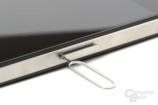 iPhone 4: Schublade für Micro SIM