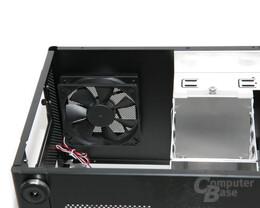 Lian Li PC-Q08 – Lüfter im Deckel