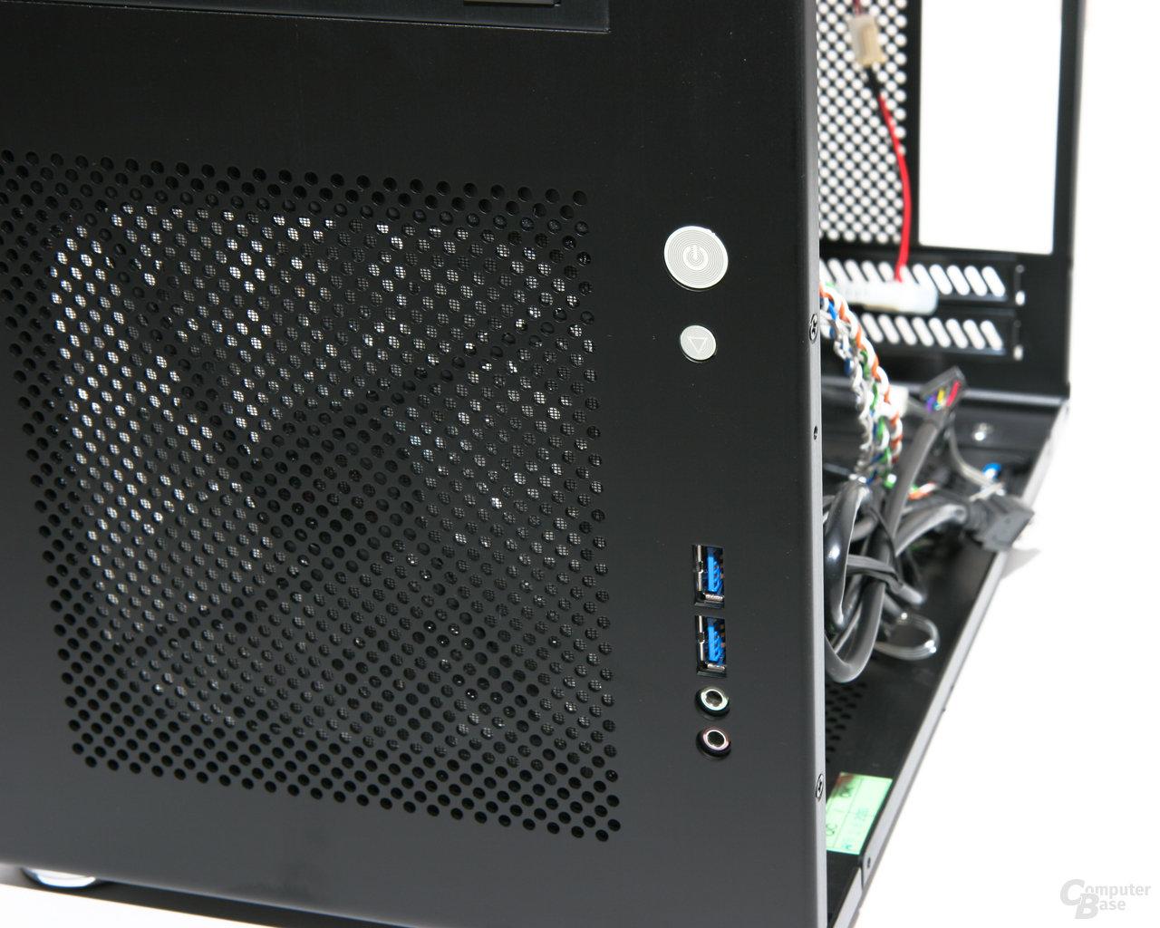 Lian Li PC-Q08 – Port-Kit