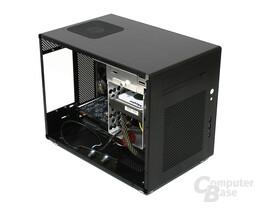 Lian Li PC-Q08 – Innenraum hinten ohne Netzteil