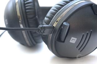 abziehbares Kabel und versenkbares Mikrofon