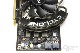GeForce GTX 460 Cyclone von oben