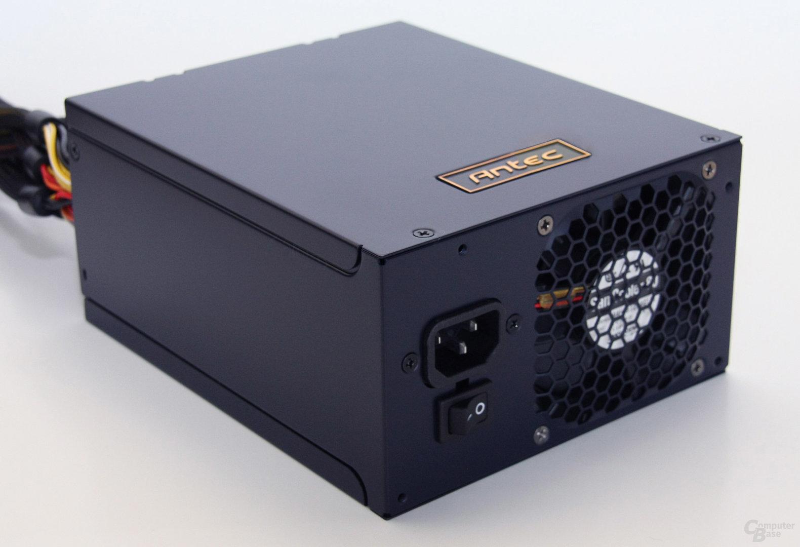 Antec-HCP1200-1