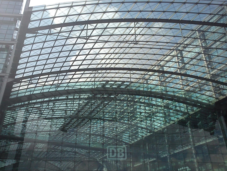 Xperia X10 mini: Foto des Berliner Hauptbahnhofs
