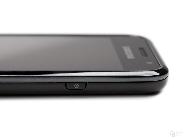 Obere Hälfte des Samsung Galaxy S von rechts, flach