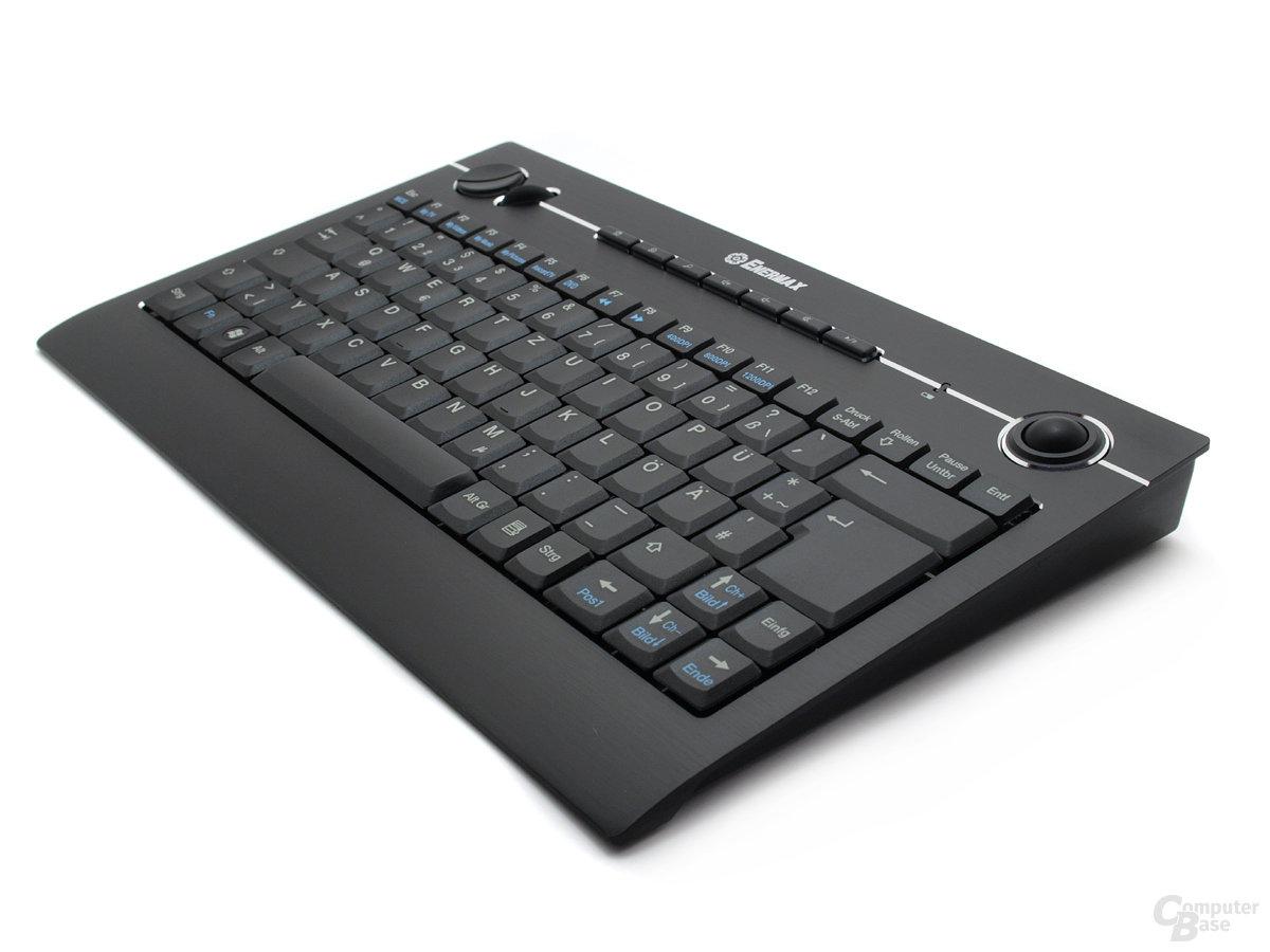 Ungewöhnliche Keilform der Tastatur