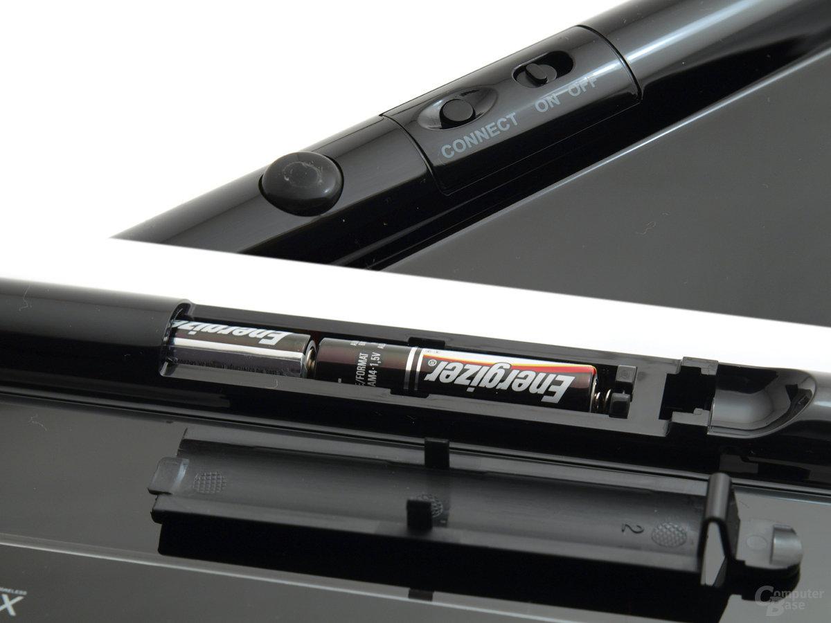 Zwei AAA-Batterien oder -Akkus versorgen die Acrylux mit Strom