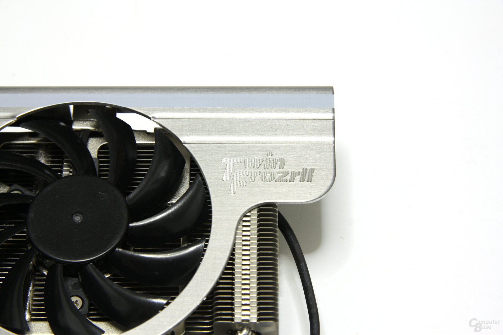 GeForce GTX 460 Hawk Twin Frozr II