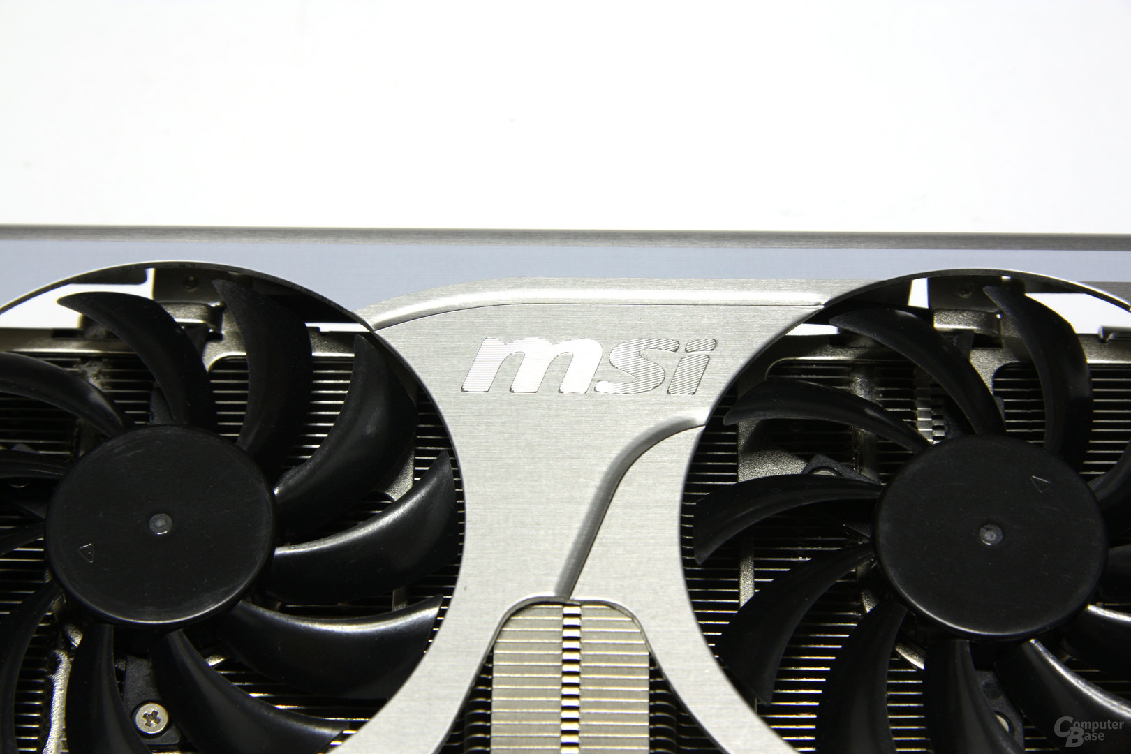 GeForce GTX 460 Hawk Schriftzug