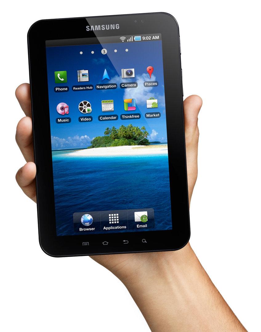 Galaxy Tab in der Hand (Bild: Samsung)