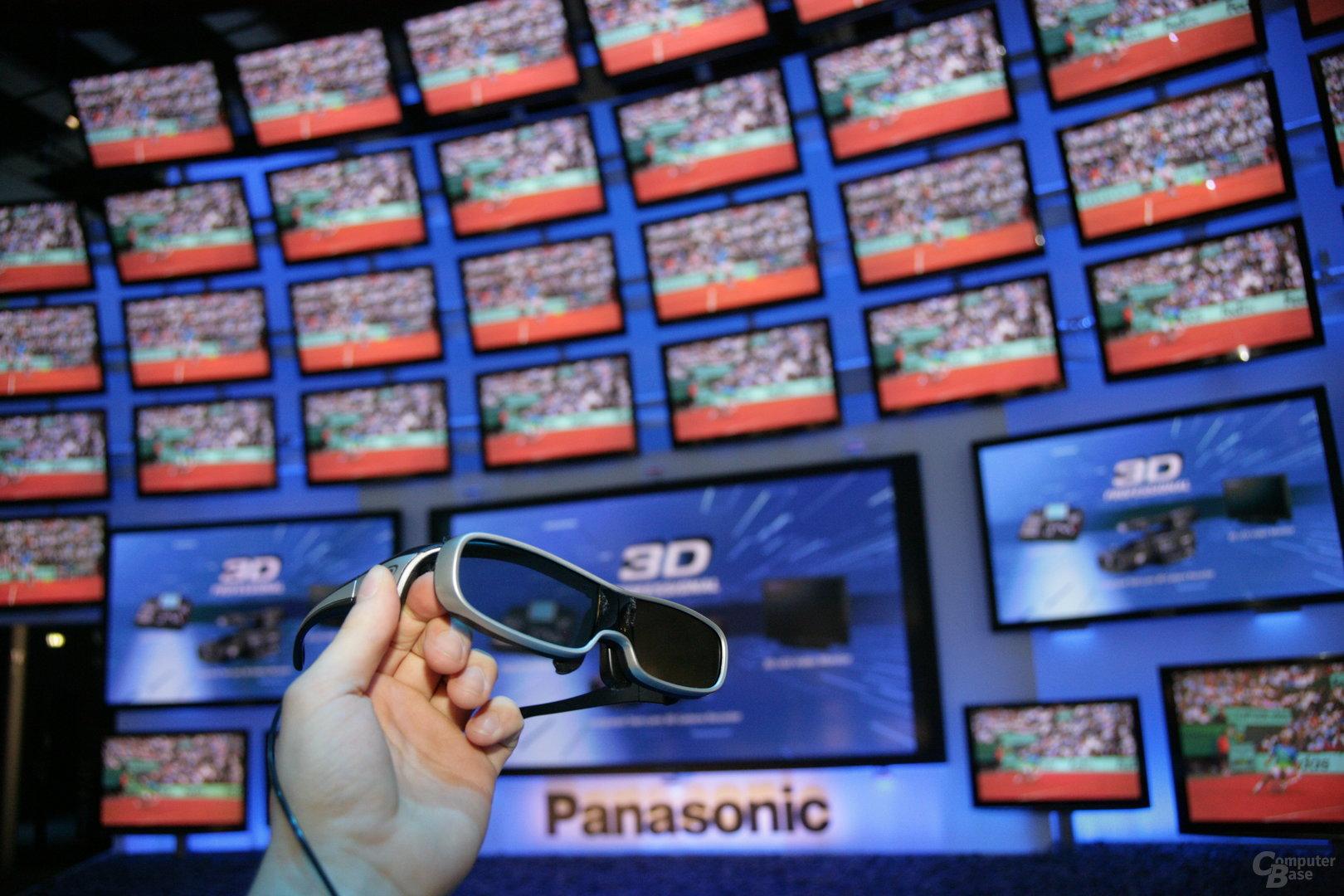 Panasonics 3D-TVs und Shutterbrille