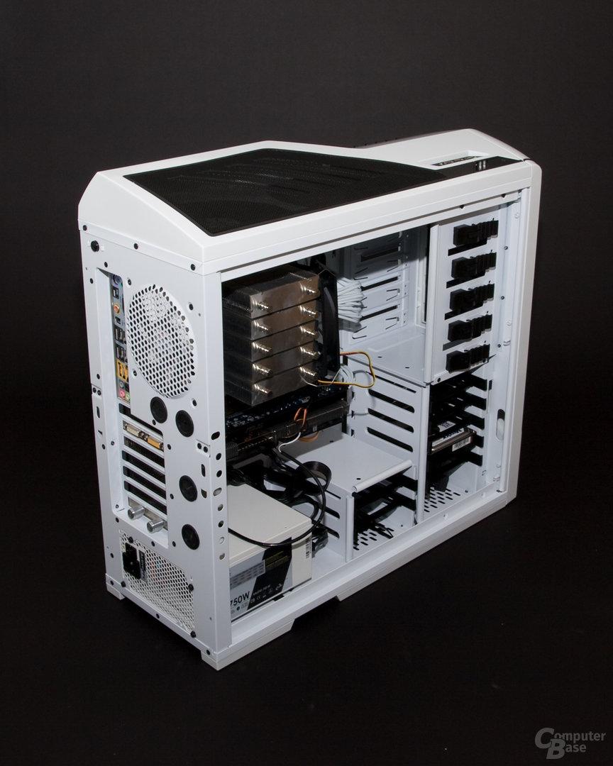 NZXT Phantom – Innenraum mit Hardware
