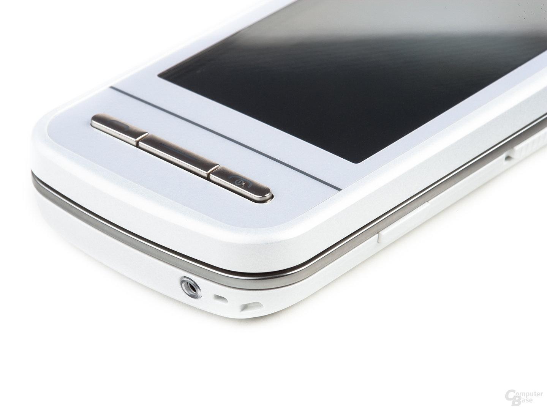 Nokia C6-00 in Weiß