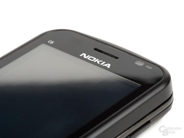 Nokia C6-00 in Schwarz