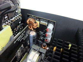 Corsair AX1200 – Gleichspannungswandler