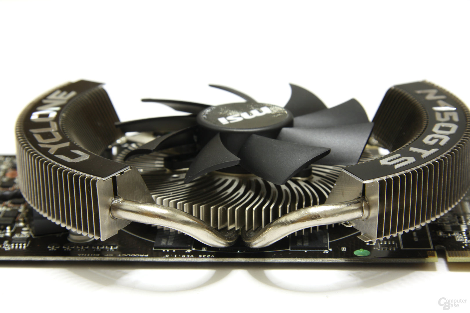 GeForce GTS 450 Cyclone OC Heatpipes