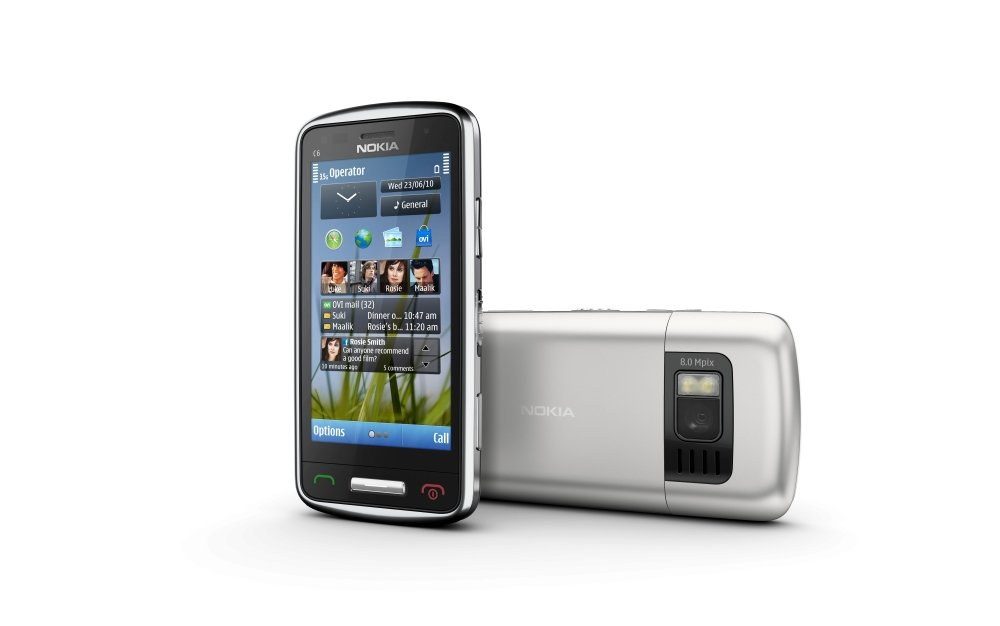 Nokia C6-01: Vorder- und Rückseite