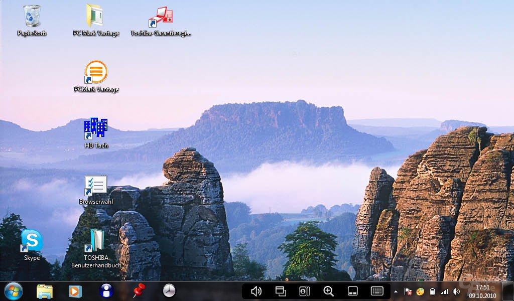 Desktop im Landscape-Modus (beide Displays)