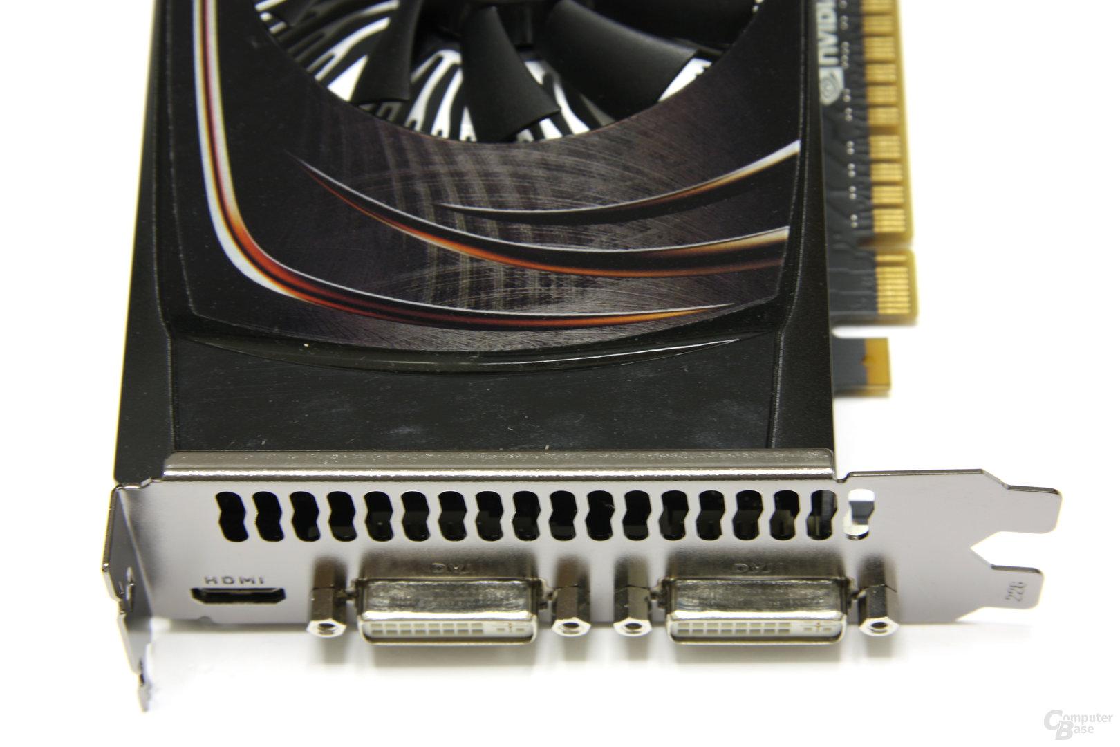 GeForce GTS 450 FTW Anschlüsse