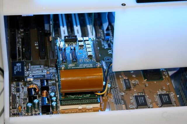 Atom-CPU über Adapter auf Pentium-Board