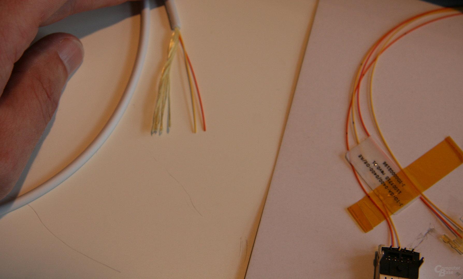 """""""Light Peak""""-Kabel mit zwei zusätzlichen Adern"""