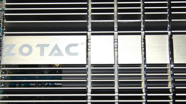 GeForce GT 430 im Test: Passiv gekühlte Zotac-Grafikkarte mit wenig Leistung