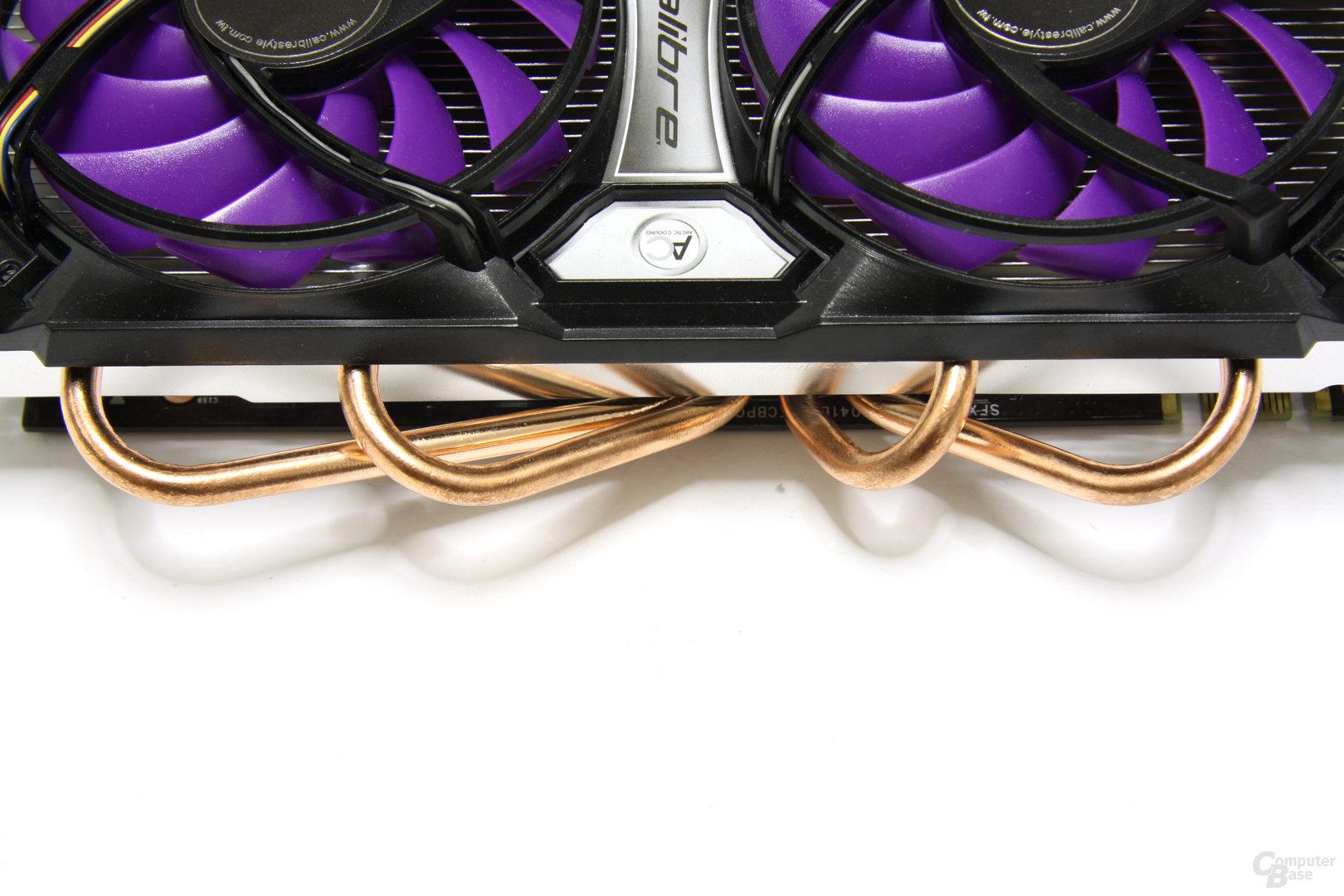 Calibre GTX 460 Heatpipes von oben