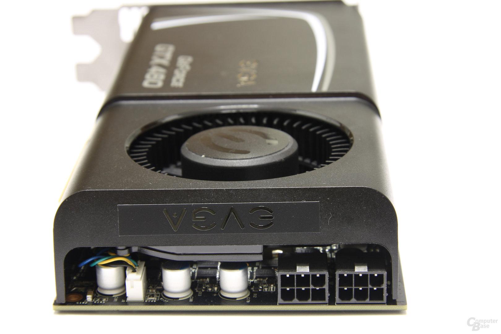GeForce GTX 460 SC EE von hinten