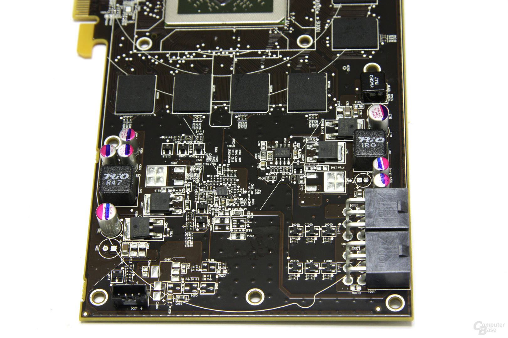 Radeon HD 6870 Strom