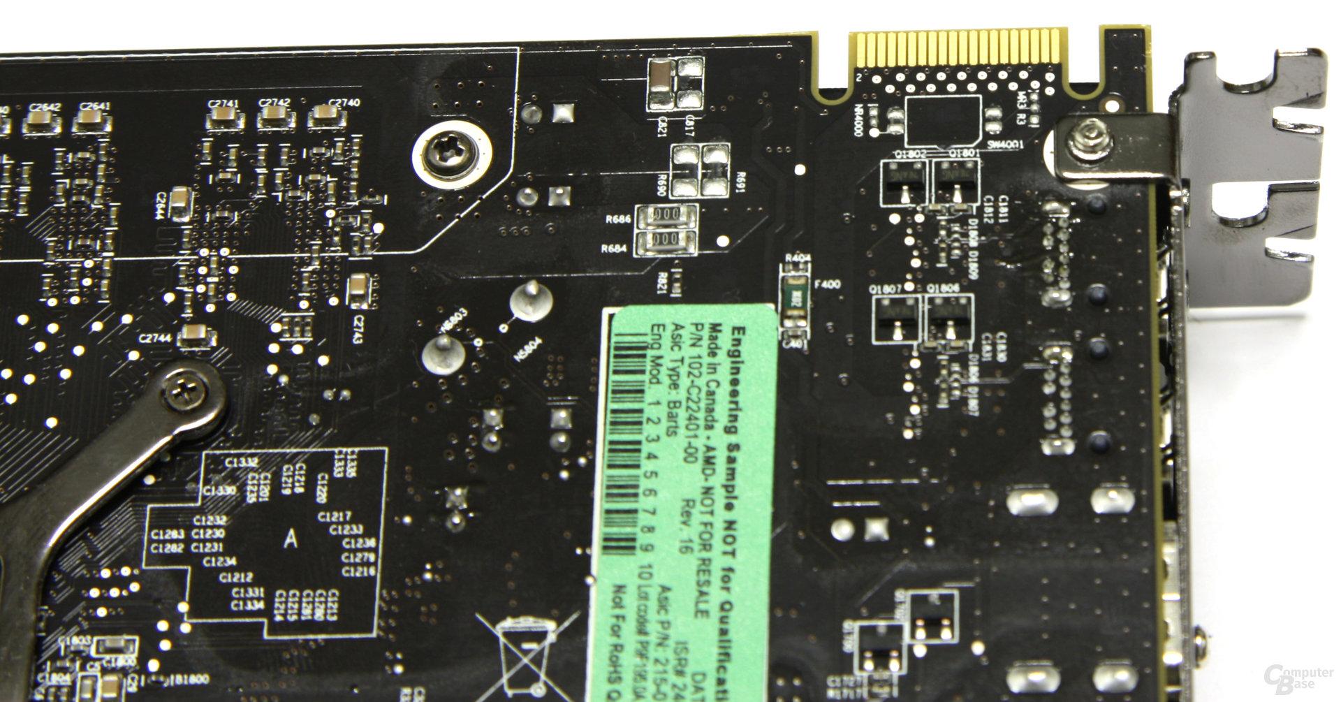 Radeon HD 6850 CF-Anschluss