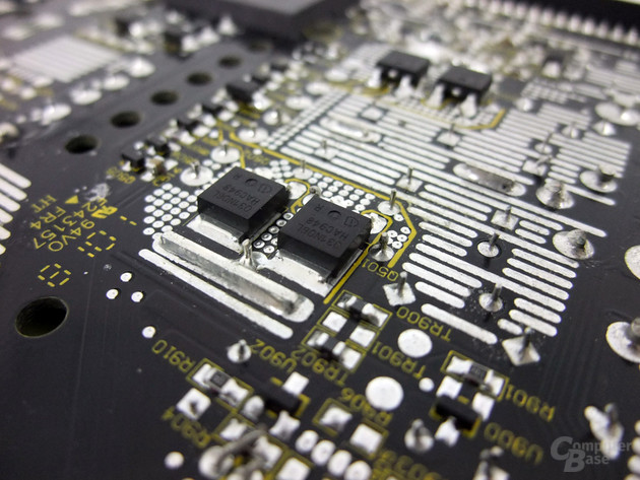 Corsair AX850 – Transistoren