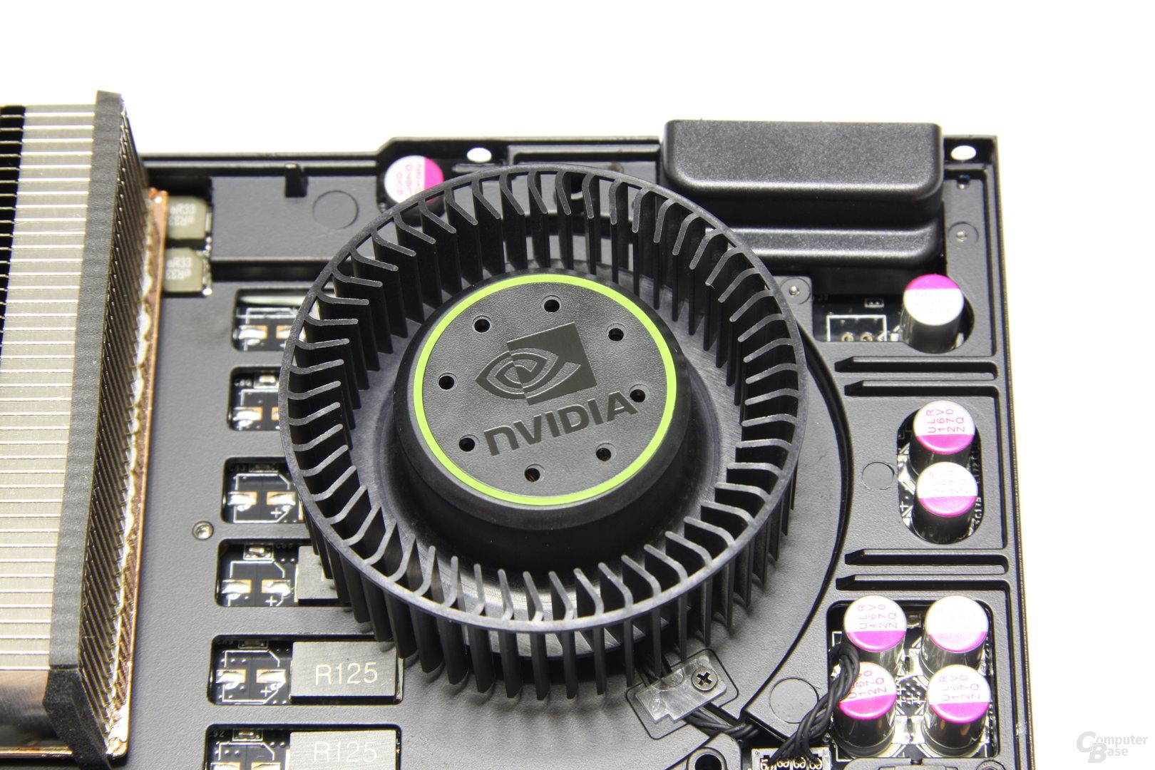 GeForce GTX 580 Lüfter ohne Plastikmantel