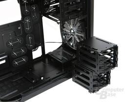 Corsair Graphite 600T – Demontierte Festplattenkäfige