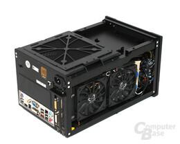 Silverstone SST-SG07B Sugo – Innenraum mit Nvidia 9800 GTX+