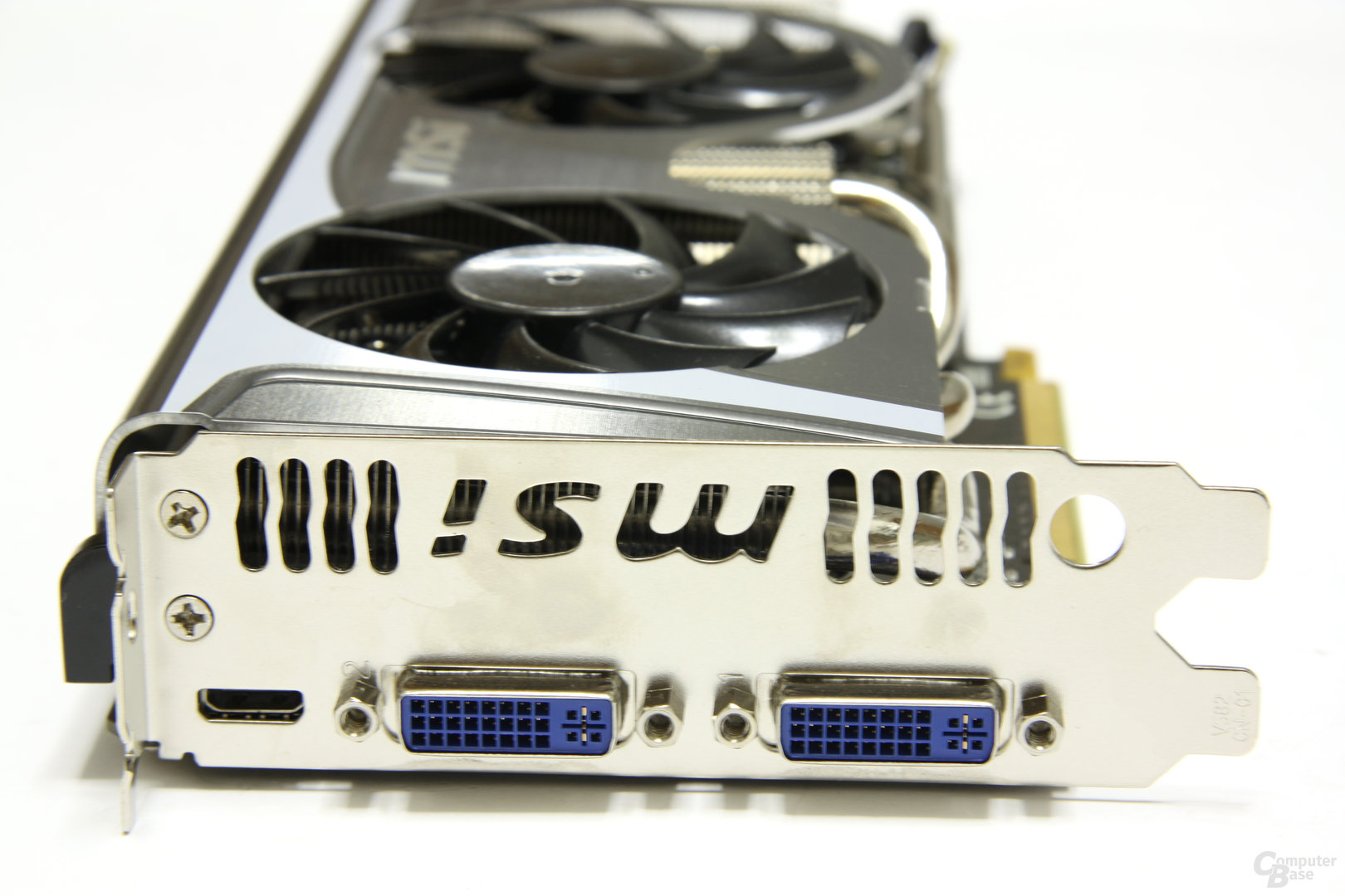 GeForce GTX 470 Twin Frozr II Slotblech