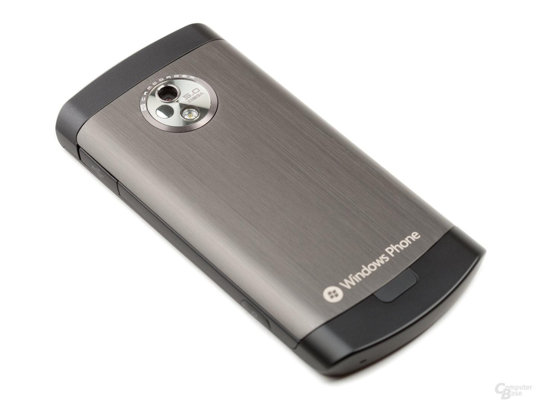 LG E900 Optimus 7