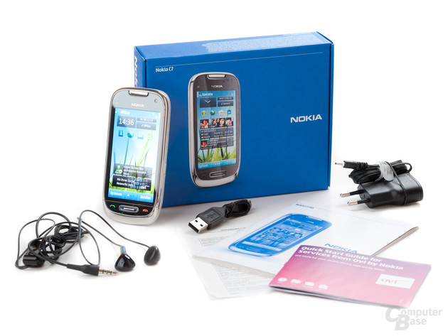 Nokia C7-00: Lieferumfang