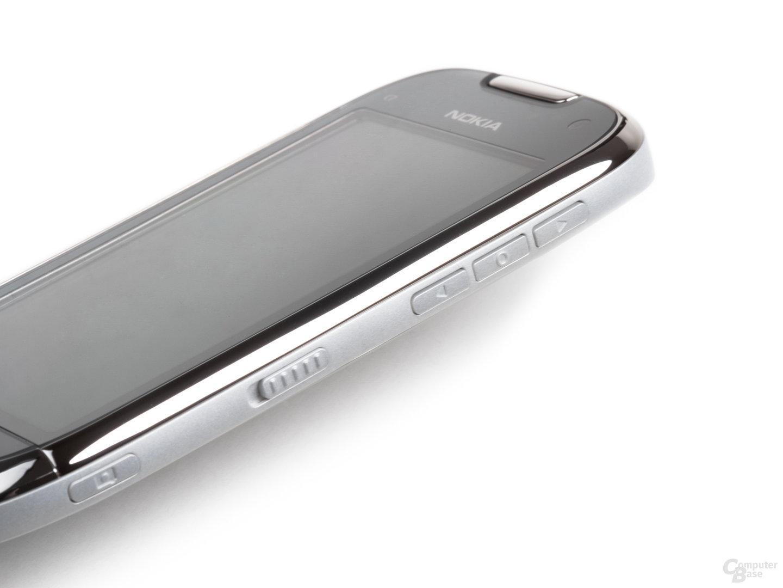 Nokia C7-00: Seitenansicht
