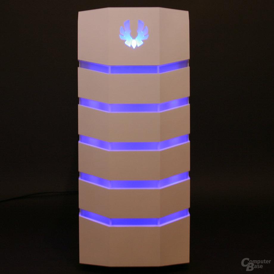 BitFenix Colossus – Beleuchtung blau