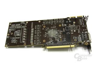 Radeon HD 6970 Rückseite ohne Kühlung