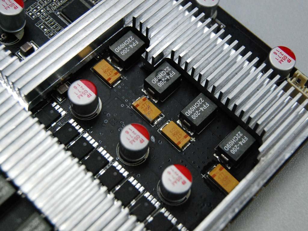 Erste GTX 580 im Custom-Design von Zotac?