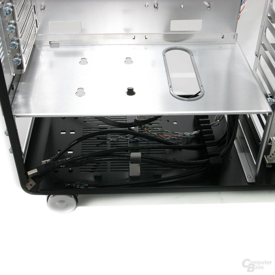 Lian Li PC-V1020B – Netzteilfach