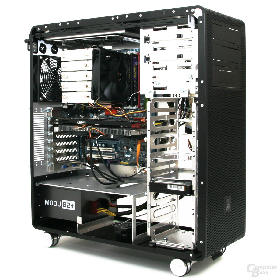 Lian Li PC-V1020B – Innenraum Front links mit Hardware