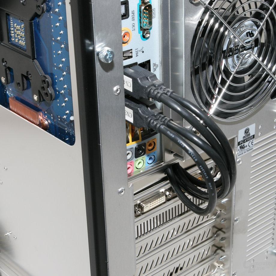 Lian Li PC-V1020B – USB-3.0-Anschlüsse