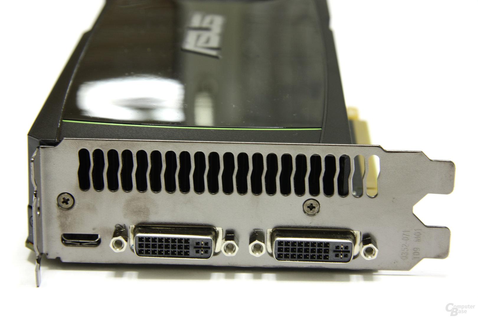 GeForce GTX 580 Slotblech