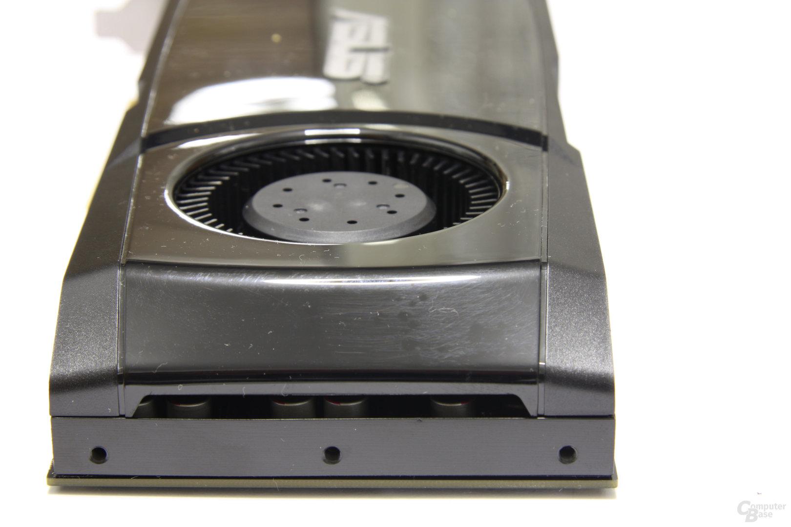 GeForce GTX 580 von hinten