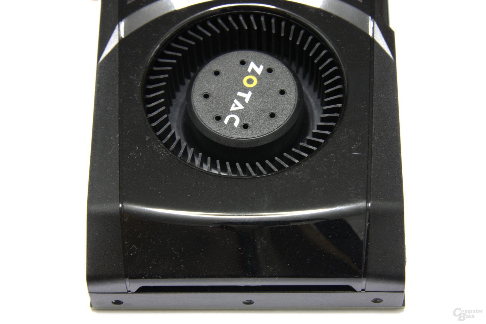 GeForce GTX 570 AMP! von oben